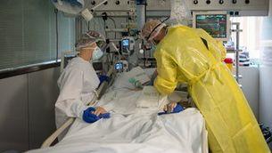 La pandèmia deixa les pitjors xifres de mortalitat a Espanya dels últims cent anys