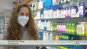 Les farmàcies reclamen poder vendre tests d'antígens i registrar-ne els resultats