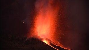 Lava, foc, fum i cendres: les imatges de l'erupció del volcà Cumbre Vieja a La Palma