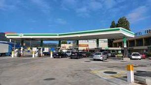 Detingut un home per matar-ne un altre durant una baralla en una benzinera a la Jonquera