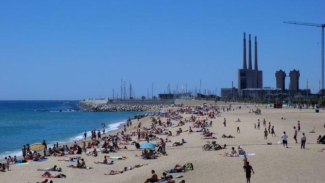 El temps d'estiu arriba a punt per a la temporada de platja