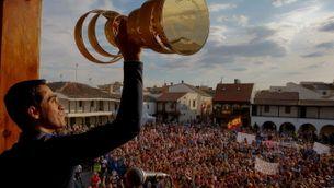 Contador celebra el Giro al seu poble