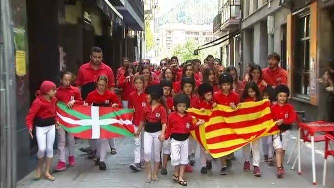 """El """"sí"""" a un estat basc sobirà s'imposa amb un 95% en les consultes ciutadanes a 34 municipis d'Euskadi"""