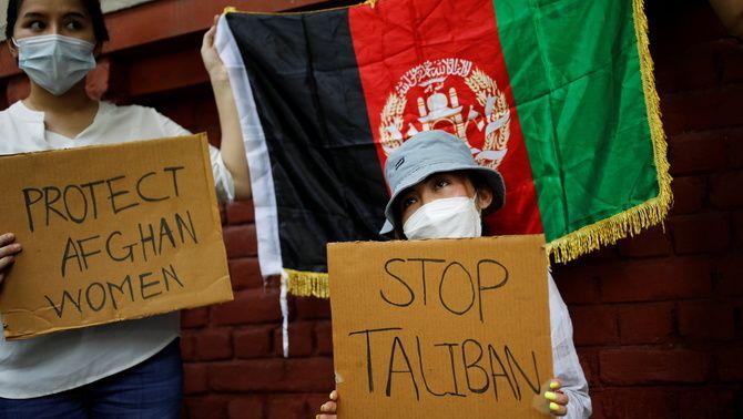 Els talibans demanen a les dones que es quedin a casa 'per seguretat'