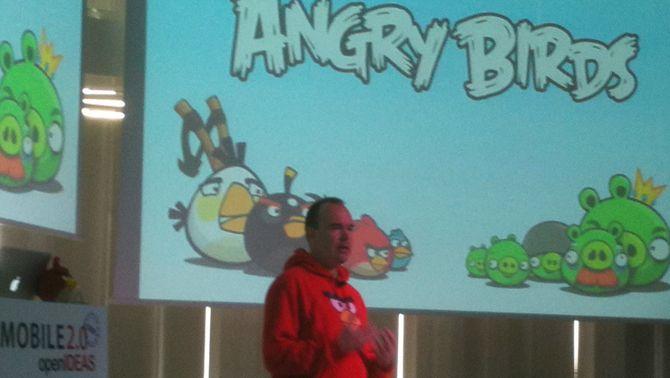 "El creador del popular joc ""Angry birds"", Peter Versterbacke, a Barcelona"