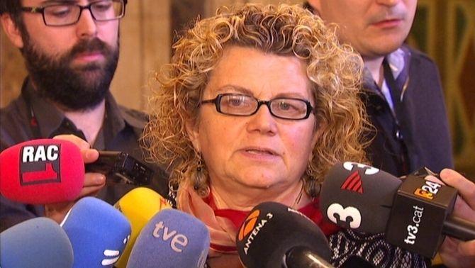 L'exconsellera i diputada socialista Marina Geli, als passadissos del Parlament.