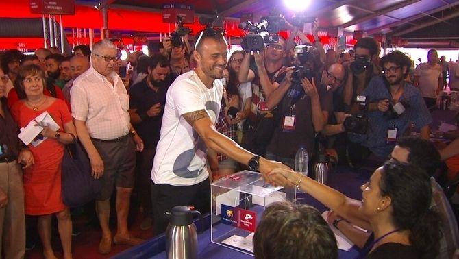 Les personalitats que han votat a les eleccions del FC Barcelona