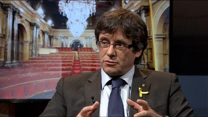 Carles Puigdemont durant l'entrevista a TV3