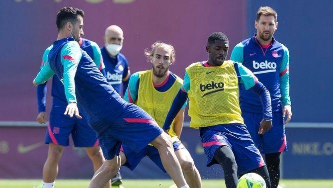 Sergio Busquets entra en la convocatòria del Barça per al partit contra el Llevant