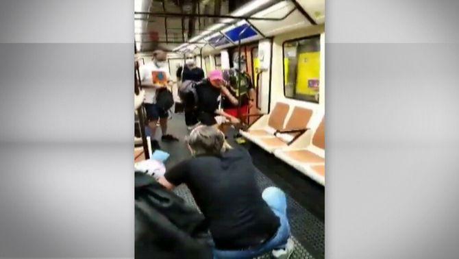 Presó sense fiança per al jove que hauria agredit un sanitari al metro de Madrid