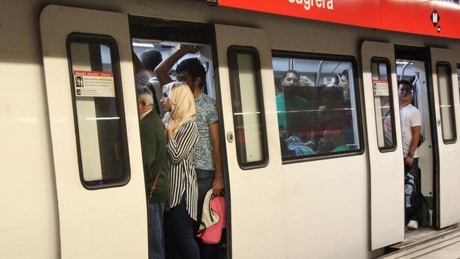 TMB impugnarà els serveis mínims marcats per la vaga de metro de dissabte a dimecres