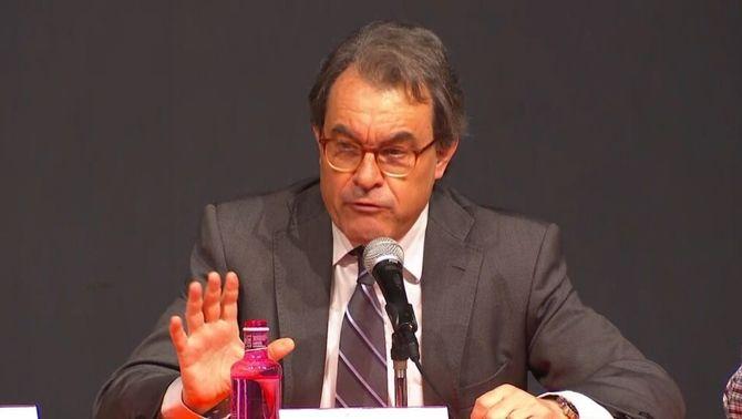 Què suposa la condemna d'inhabilitació per a Mas, Ortega i Rigau?