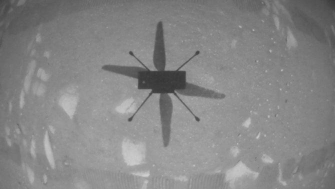 Fita de la NASA a Mart: fa volar un helicòpter a la superfície d'un altre planeta