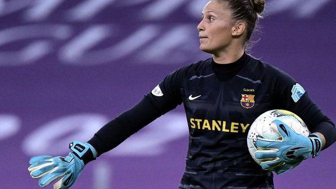 Les jugadores del Barça mimen les futures estrelles
