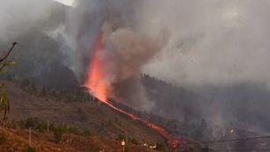 """Cesc Gavilan, geòleg: """"Les llengües de lava tenen 1000 graus de temperatura"""""""