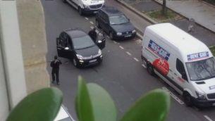 Els terroristes maten un gendarme a sang freda