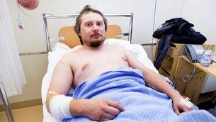 El turista ferit al llit de l'hospital (Reuters)
