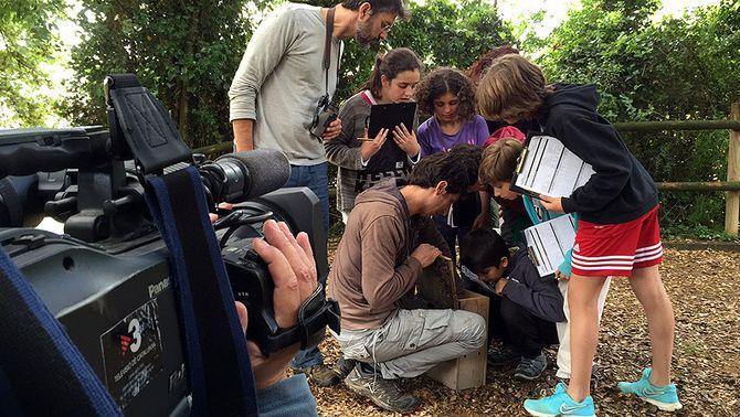 """Una imatge del rodatge del programa """"Tocats de l'ala"""""""