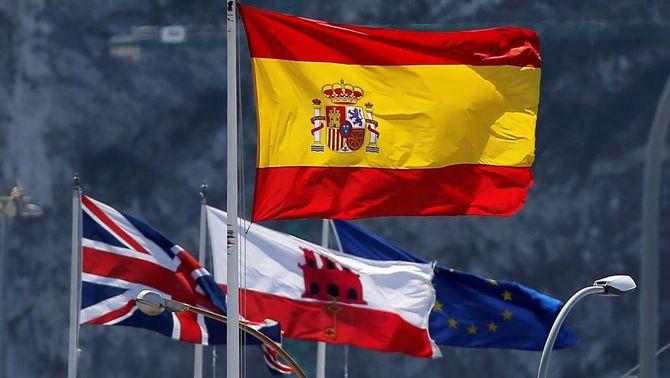 """El Parlament Europeu defineix Gibraltar com """"colònia britànica"""", a petició espanyola"""