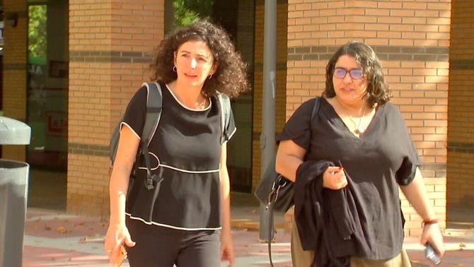 Arribada d'advocades dels detinguts a Tres Cantos, a Madrid