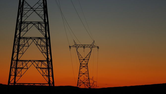 La UE avala l'impost elèctric del govern espanyol, que no haurà de tornar 15.000 milions