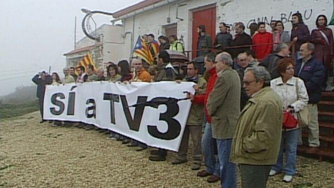 La mobilització ciutadana va impedir el tancament del repetidor de la Carrasqueta el 27 d'abril del 2007.
