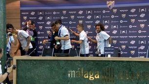 Zidane, ruixat a la sala de premsa