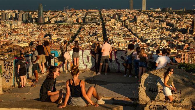 La Covid també hi entén, de desigualtats: les diferències a Barcelona, per barris