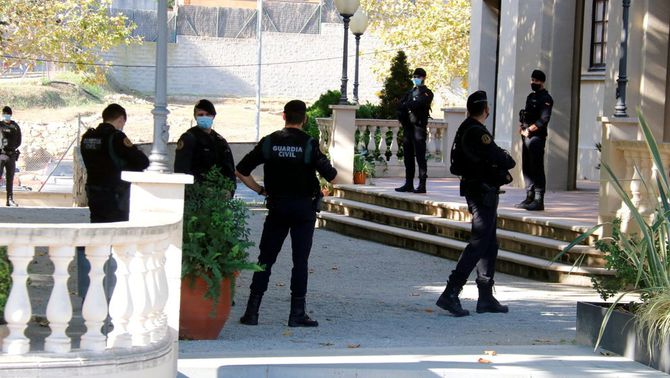 Una vintena de detinguts en una operació de la Guàrdia Civil contra el finançament del procés