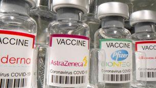 Posar una segona dosi de Pfizer als que en porten una d'AstraZeneca seria efectiu i segur