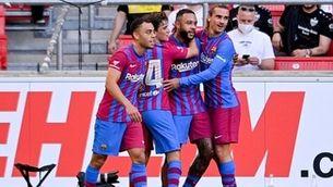El Barça supera amb facilitat a l'Stuttgart per 0-3 amb golàs de Memphis inclòs