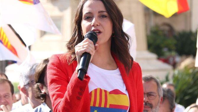 La cúpula de Ciutadans anima Arrimadas a ser la nova presidenta del partit