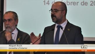 Imatge de:El conseller d'Interior explica una de les propostes per guanyar seguretat a la petroquimica de Tarragona