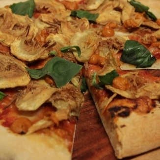 pizza-de-carxofes-i-romesco
