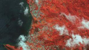 L'illa de Saint Vincent abans i després de quedar coberta de cendra