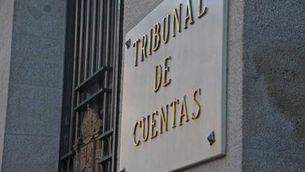 Els membres del Tribunal de Comptes, amb el mandat caducat i sense renovació a l'horitzó