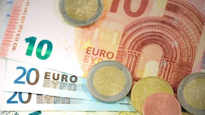 Bitllets i monedes d'euro (Pixabay)