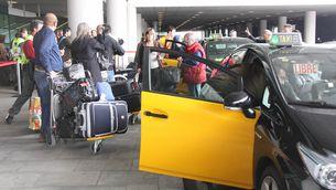 El moviment de passatgers retorna lentament al Prat. (Foto: ACN)