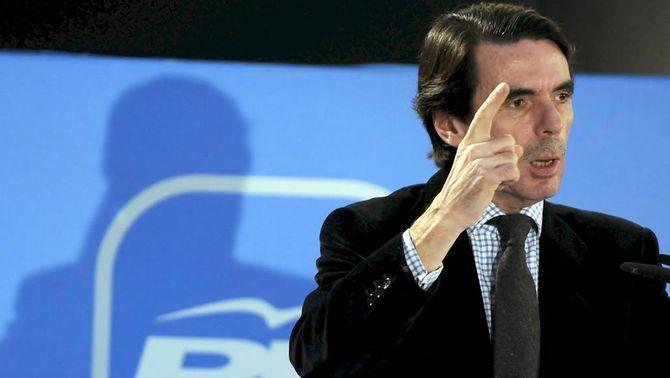 """Aznar defensa una Espanya sense """"miniestats"""" per no perdre pes a la UE i al món"""
