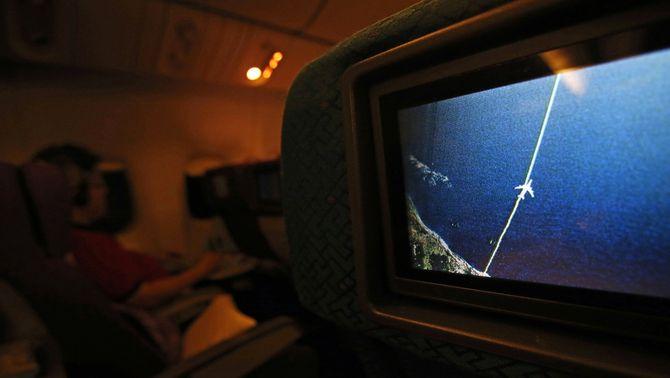 Localitzats via satèl·lit 122 objectes que podrien pertànyer a l'avió desaparegut