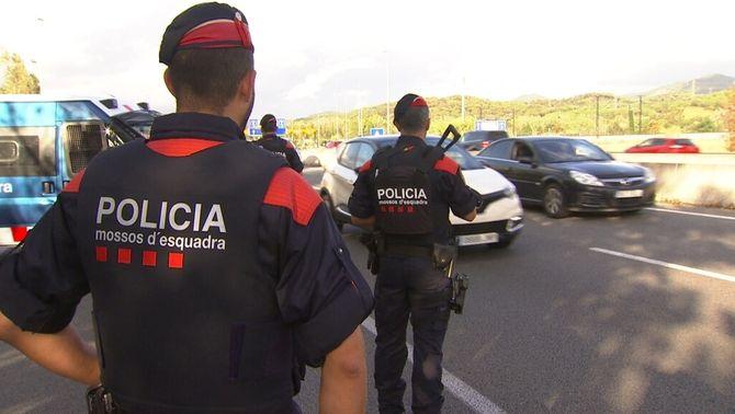 Control dels Mossos al peatges de la C-33, a Mollet dels Vallès