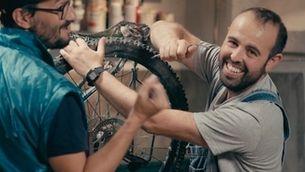 Bricoheroes - Com reparar la bici