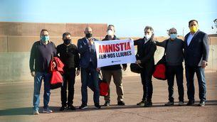 Els presos de Lledoners, amb un cartell reclamant amnistia el dia que van tornar-los a concedir el tercer grau