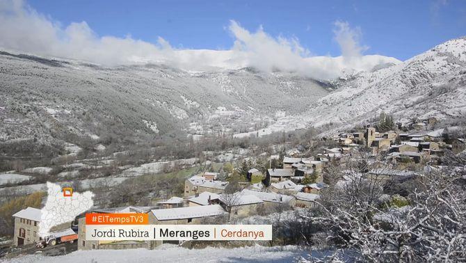 El Pirineu recupera el color blanc després de la calorada dels primers dies d'abril