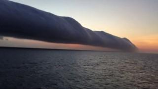 Imatge de:El núvol corró