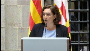 L'alcaldessa de Barcelona, Ada Colau, adreçant-se als alcaldes