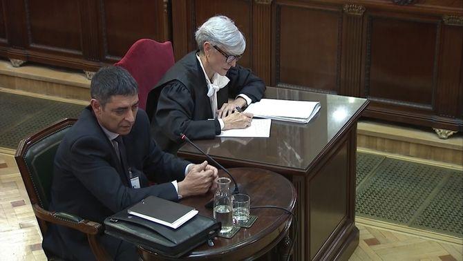 """Retrets de Trapero a Forn per les seves declaracions: """"Hi havia un punt d'irresponsabilitat"""""""