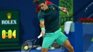 Federer reapareix amb una treballada victòria a Doha