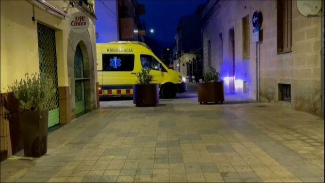 Una ambulància del SEM es va desplaçar fins al lloc dels fets