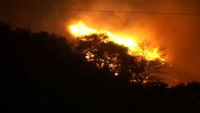 Imatge d'arxiu del foc que va cremar al Prineu al mes de març.